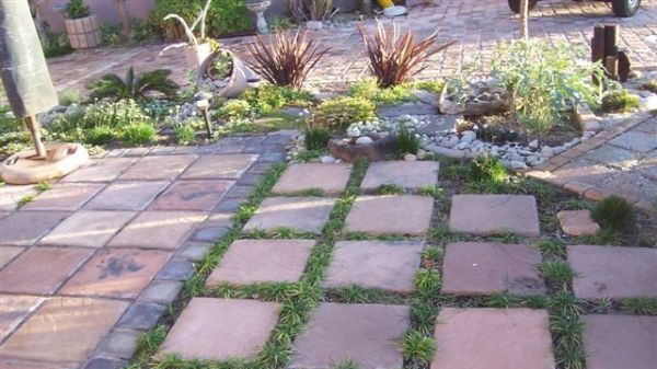 Wonderful Pavers And Stepping Stones In A Garden.